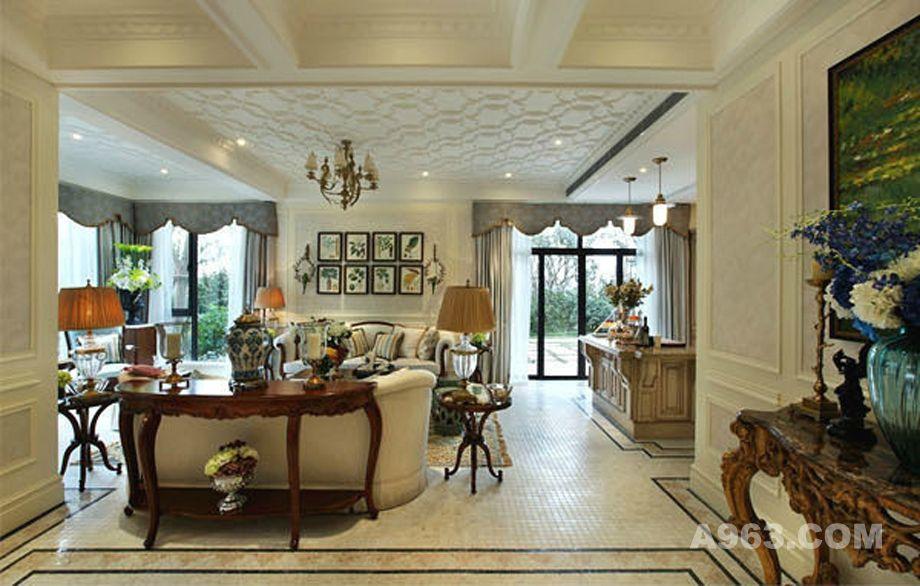 现在也流行白色的欧式家具